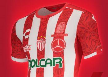 Jersey alterno del Club Necaxa 2019/2020 | Imagen Charly Fútbol
