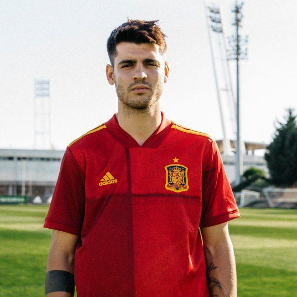 Morata con la primera equipación de España Euro 2020 | Imagen Adidas