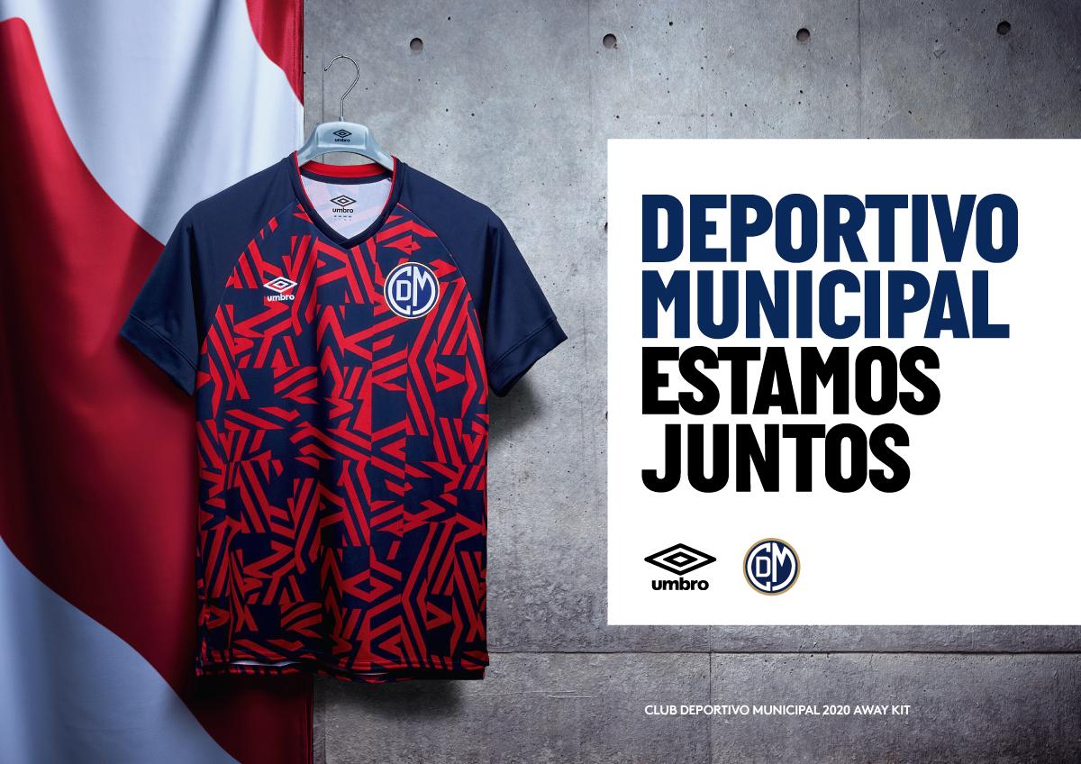 T-shirt alterna 2020 du Deportivo Municipal 2020 | Image Umbro