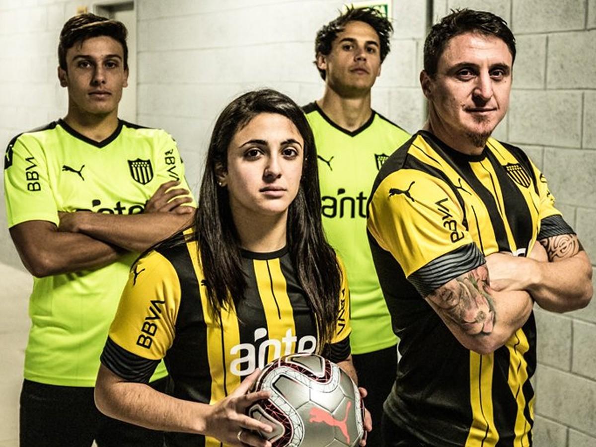 Peñarol (Puma) | Camisetas de la Copa Libertadores 2020