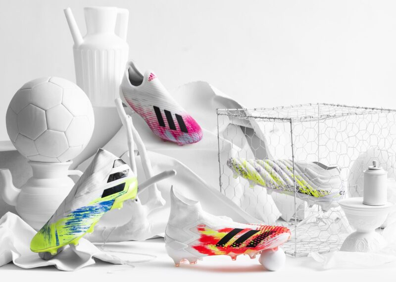 """Colección de botines """"UNIFORIA""""   Imagen Adidas"""