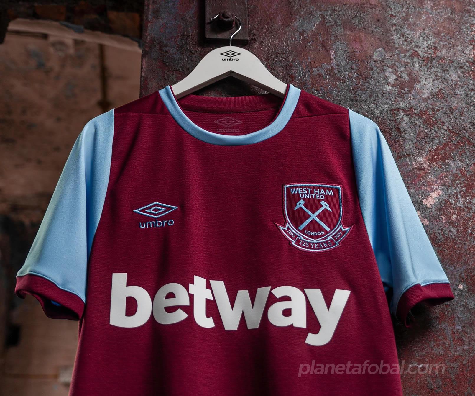 Camiseta Umbro del West Ham 125 Aniversario Temporada 2020/21 | Imagen Web Oficial