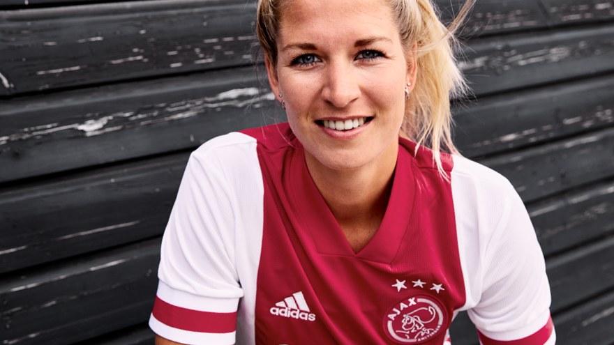Camiseta titular del Ajax 2020/2021 | Imagen Adidas