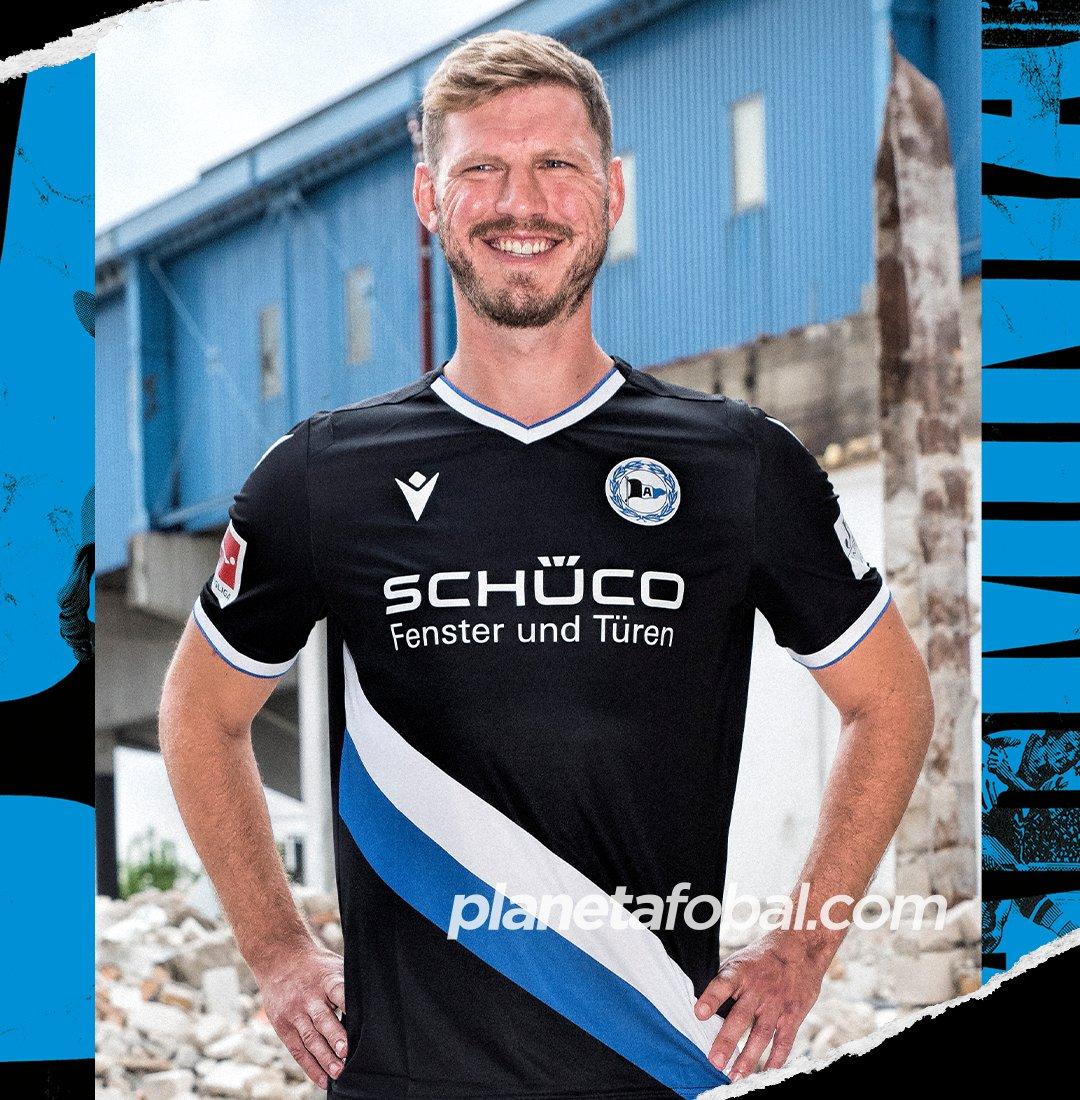 Camisetas Macron del Arminia Bielefeld 2020/21 | Imagen Web Oficial