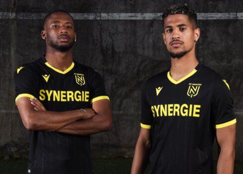 Camiseta suplente del FC Nantes 2020/21 | Imagen Macron