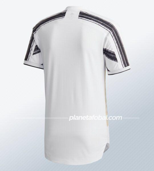 Camiseta local de la Juventus 2020/2021 | Imagen adidas