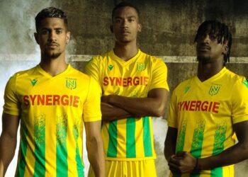 Camiseta del FC Nantes 2020/21 | Imagen Macron