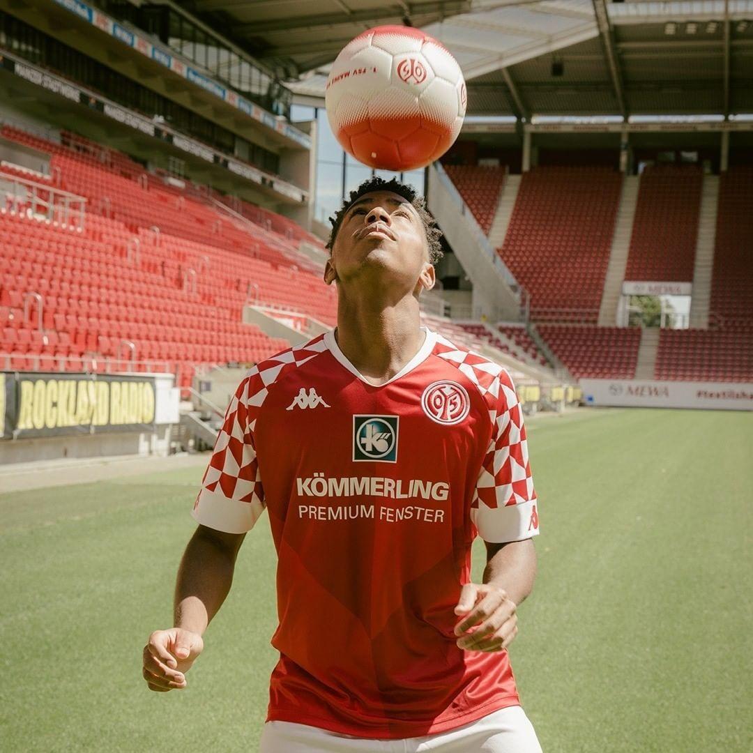 Camiseta Kappa del Mainz 05 2020/21 | Imagen Web Oficial