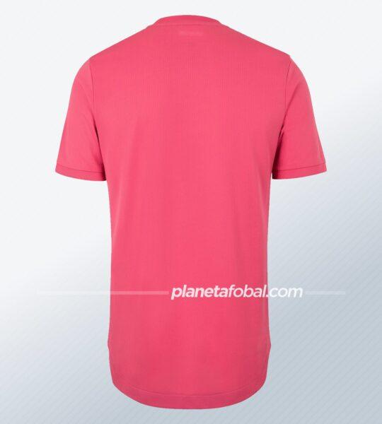 Equipación rosa del Real Madrid 2020/2021   Imagen adidas