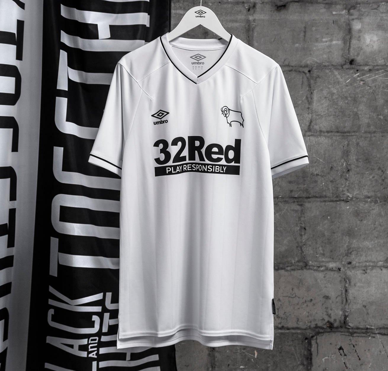 Camisetas Umbro del Derby County 2020/21 | Imagen Twitter Oficial