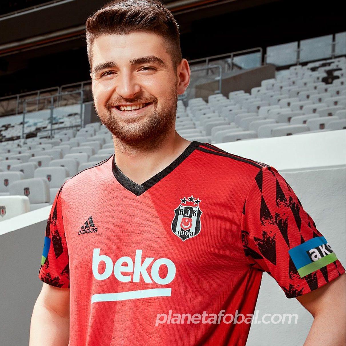 Camisetas Adidas del Besiktas 2020/21 | Imagen Web Oficial