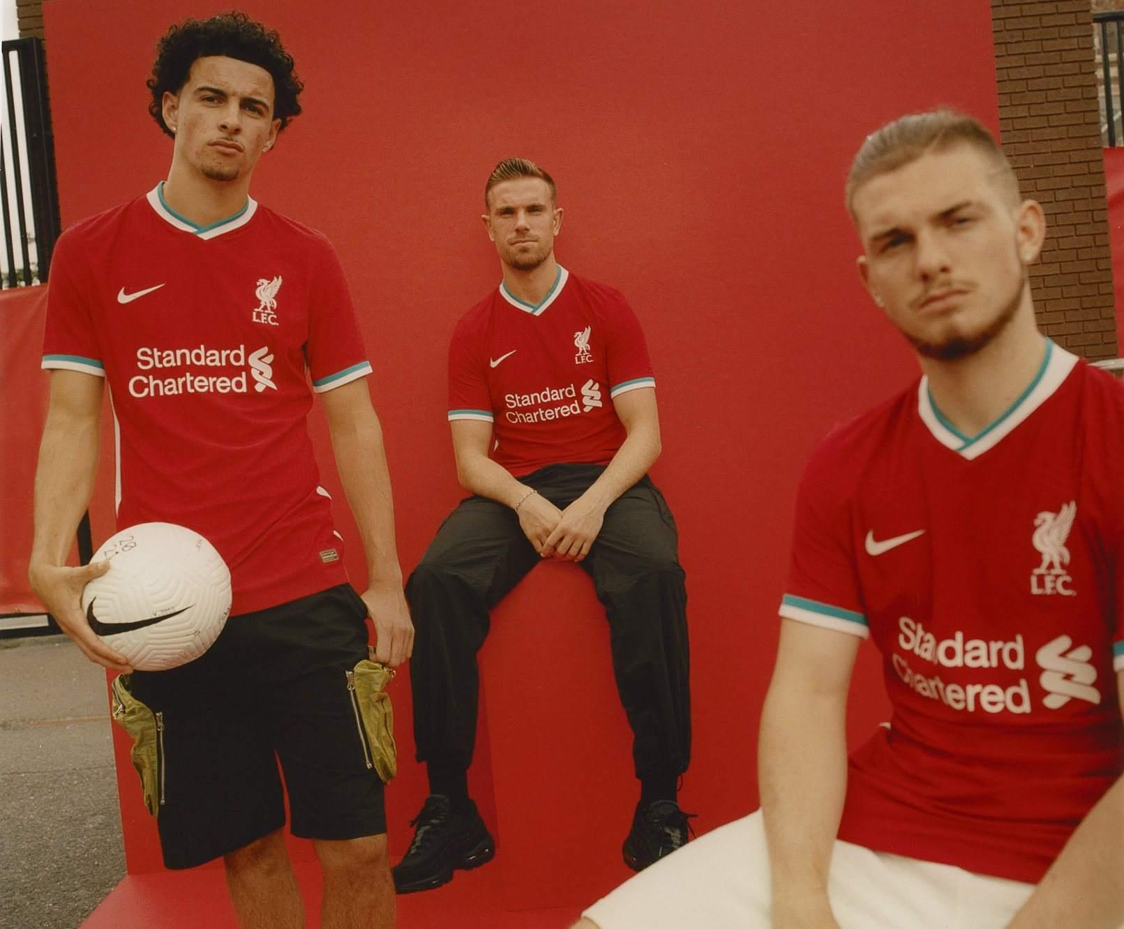 Camiseta titular Nike del Liverpool 2020/2021 | Imagen Web Oficial