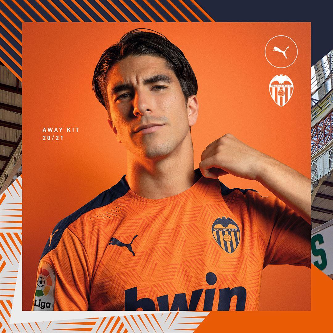 Segunda equipación Puma del Valencia 2020/21 | Imagen Web Oficial