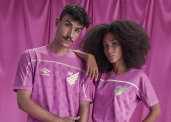 Umbro presenta camisetas rosa para sus equipos brasileños