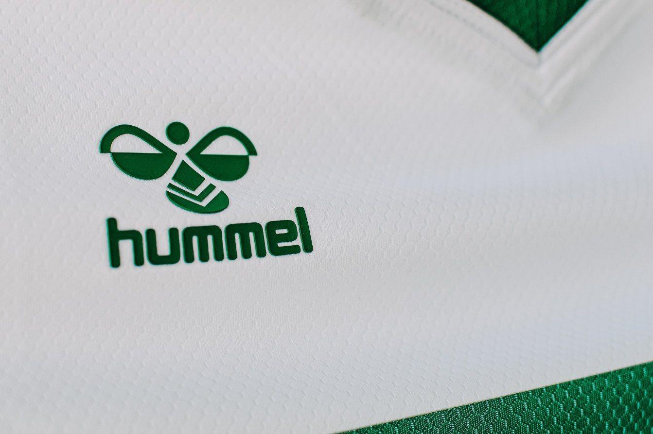 Equipación Hummel del Elche CF 2020/2021 | Imagen Twitter Oficial