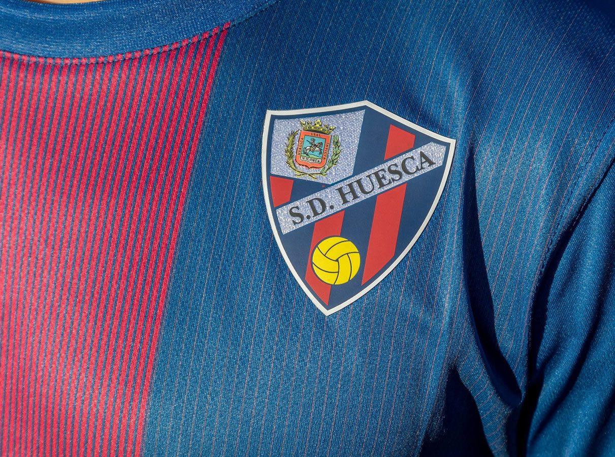 Equipaciones Kelme del SD Huesca 2020/21 | Imagen Twitter Oficial