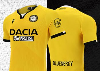 Tercera camiseta del Udinese 2020/21 | Imagen Macron