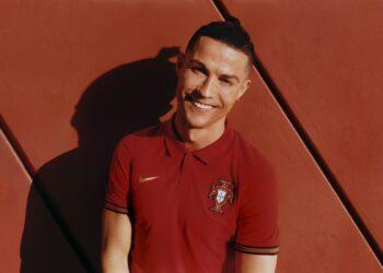 Camiseta titular de Portugal 2020/2021   Imagen Nike