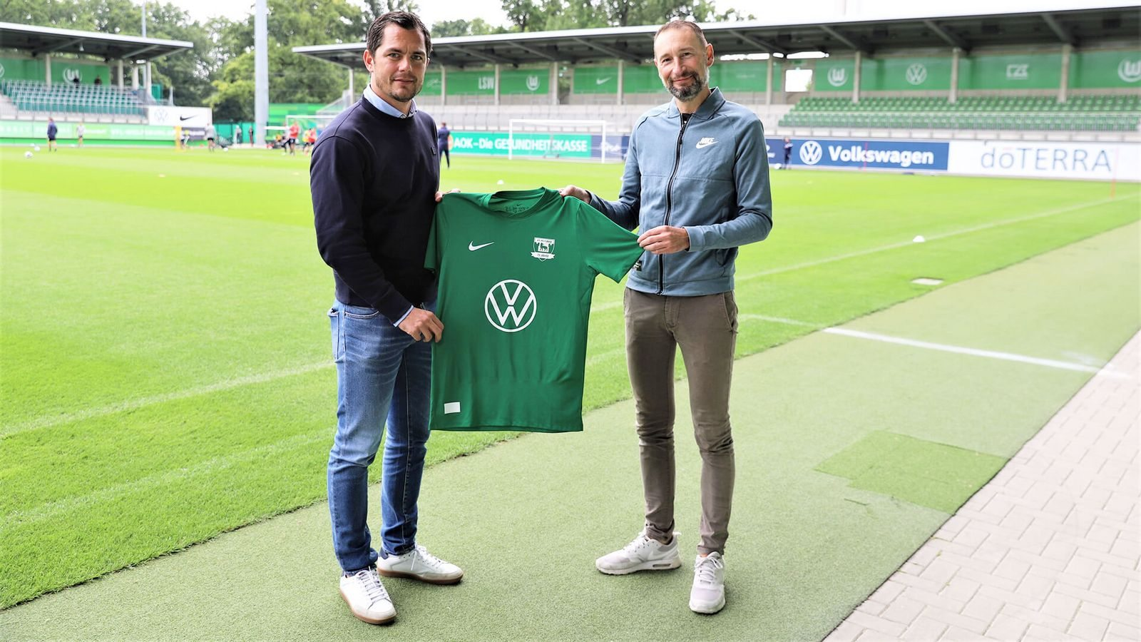 "Camiseta Nike del VfL Wolfsburg ""75 Jahre"" | Imagen Web Oficial"