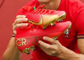 "Botines Nike Mercurial de Cristiano Ronaldo ""CR100"" | Imagen Instagram CR7"