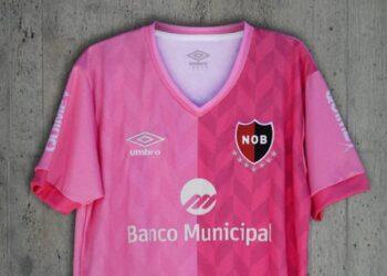 Camiseta Umbro de Newell's #OctubreRosa 2020