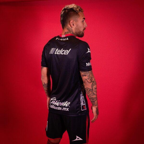 Tercera camiseta Pirma del Atlético de San Luis 2020/21