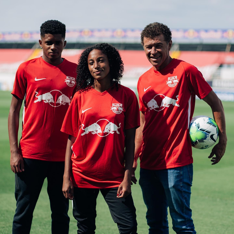 Cuarta camiseta Nike del Red Bull Bragantino 2020/21 | Imagen Twitter Oficial