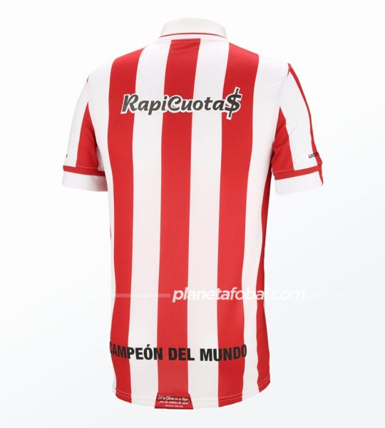 Camiseta titular Under Armour de Estudiantes LP 2021 | Imagen Web Oficial