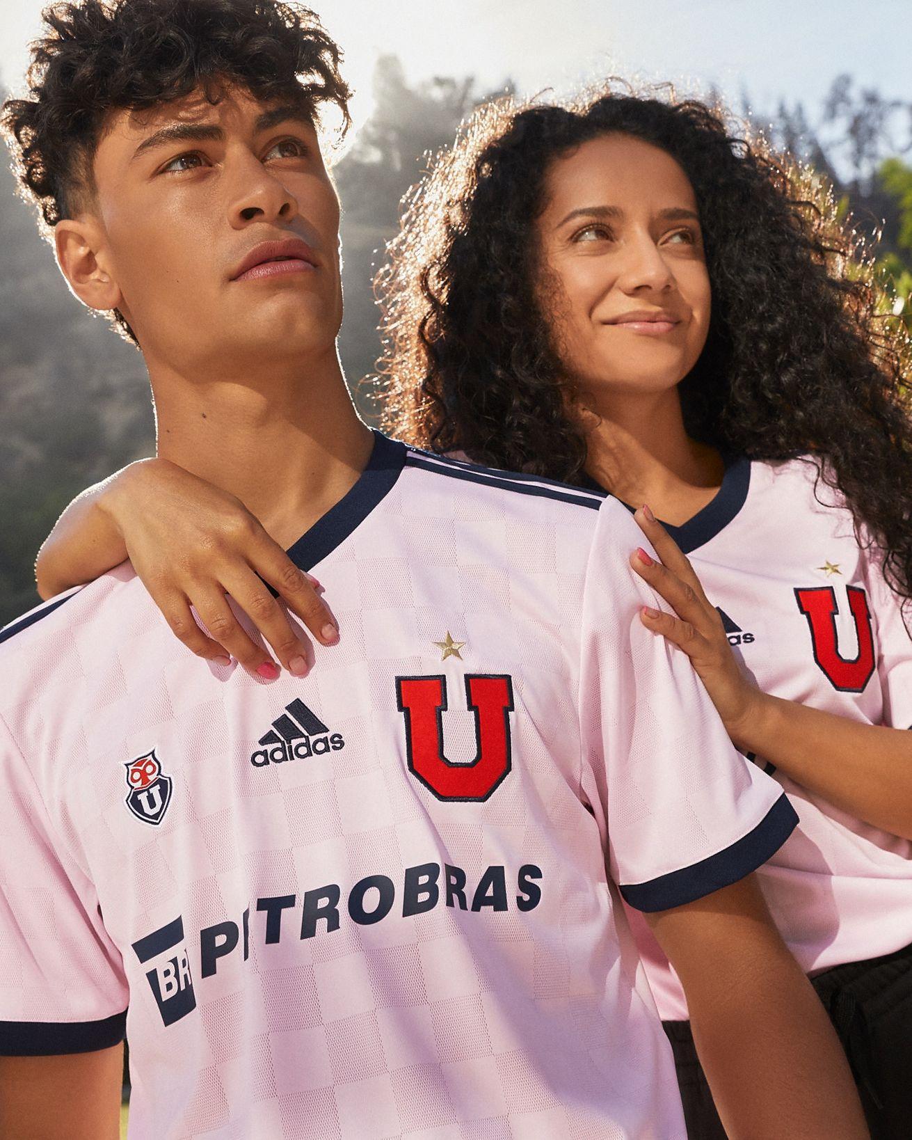 Camiseta visitante adidas de la Universidad de Chile 2021