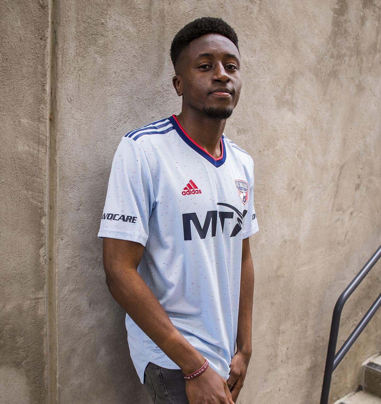 Camiseta suplente adidas del FC Dallas 2021/22