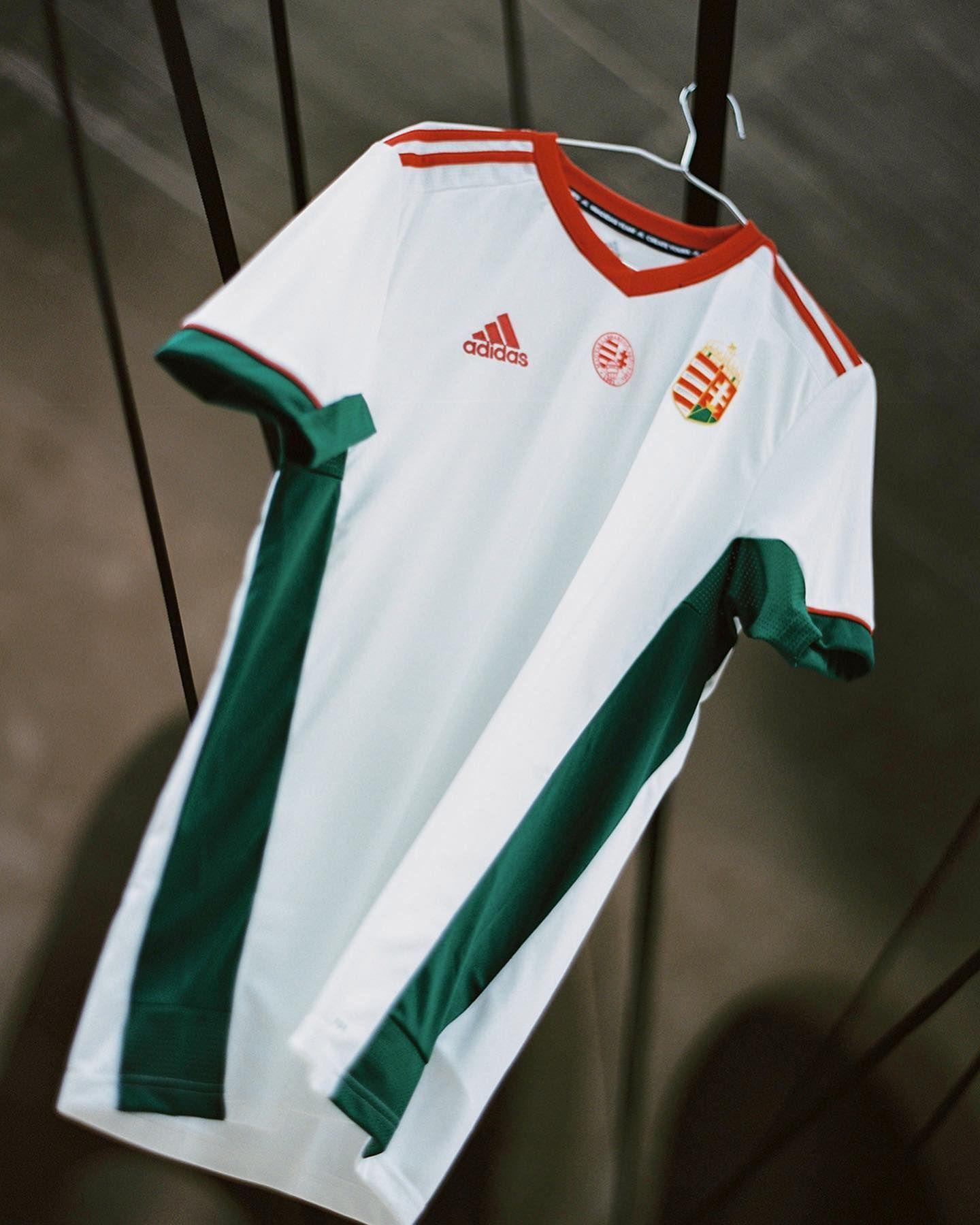 Camiseta suplente adidas de Hungría 2021