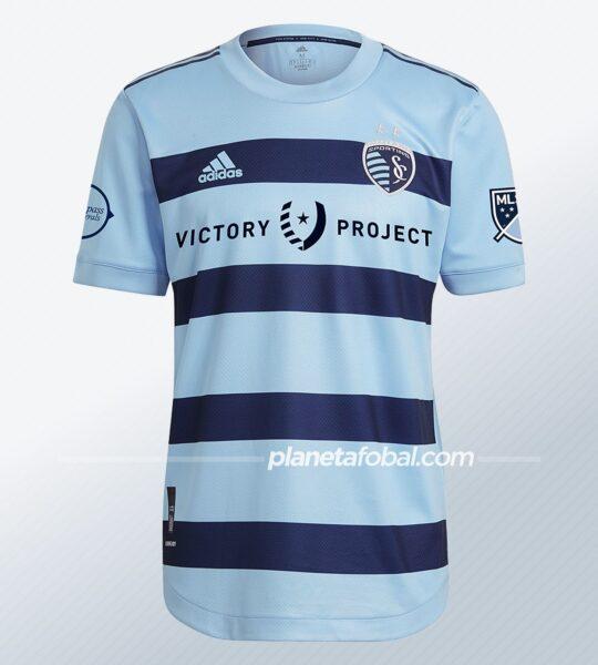 Camiseta adidas del Sporting Kansas City 2021/22