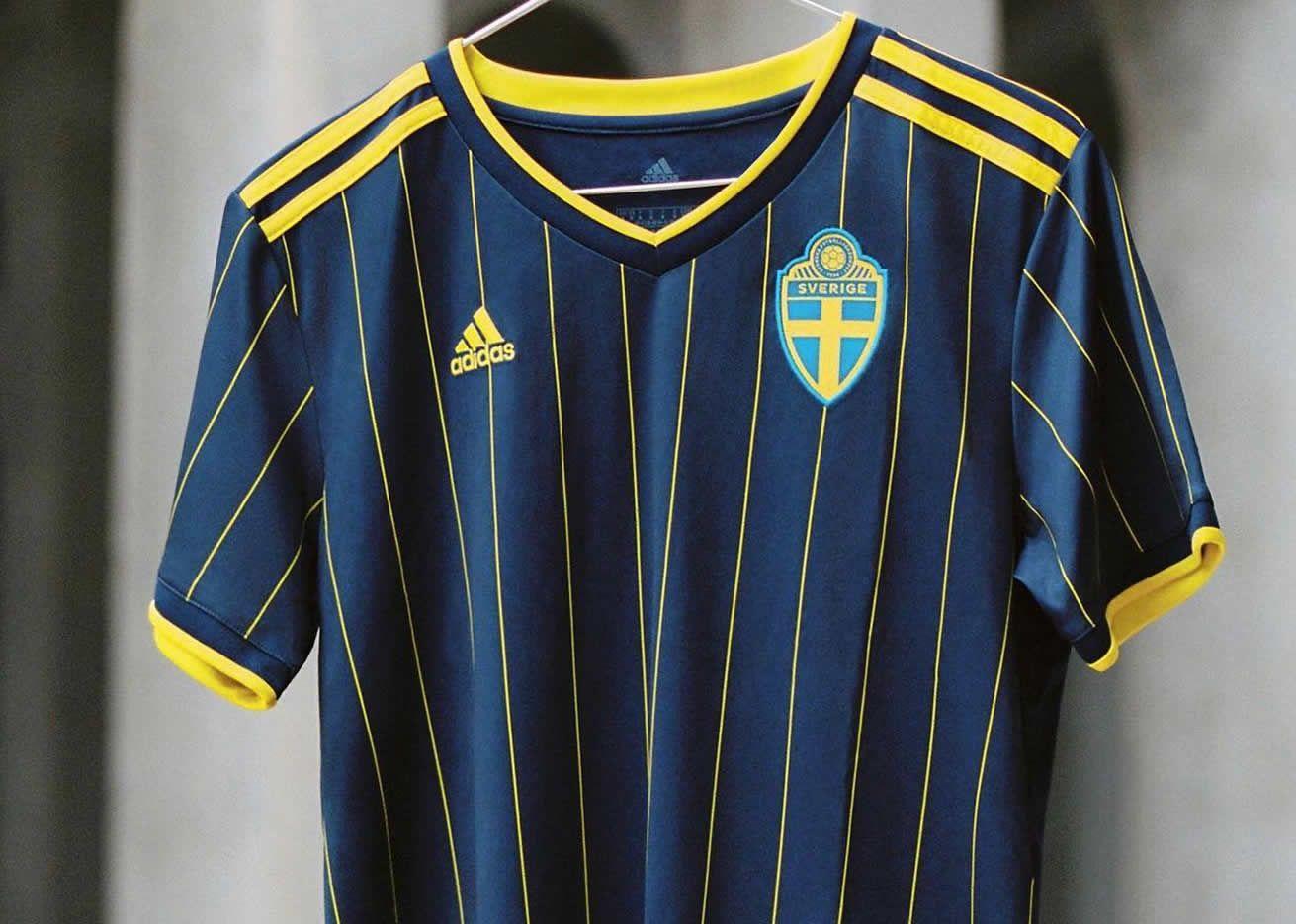 Camiseta suplente adidas de Suecia 2021