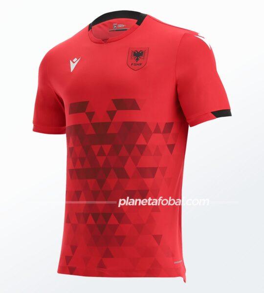 Camiseta titular de Albania 2021/22   Imagen Macron