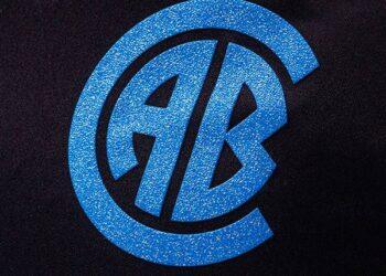 Tercera camiseta Givova de Belgrano 2021/22   Imagen Web Oficial