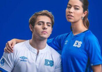 Camisetas Umbro de El Salvador 2021/22
