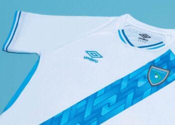Camisetas Umbro de Guatemala 2021/22   Imagen fedefutguate
