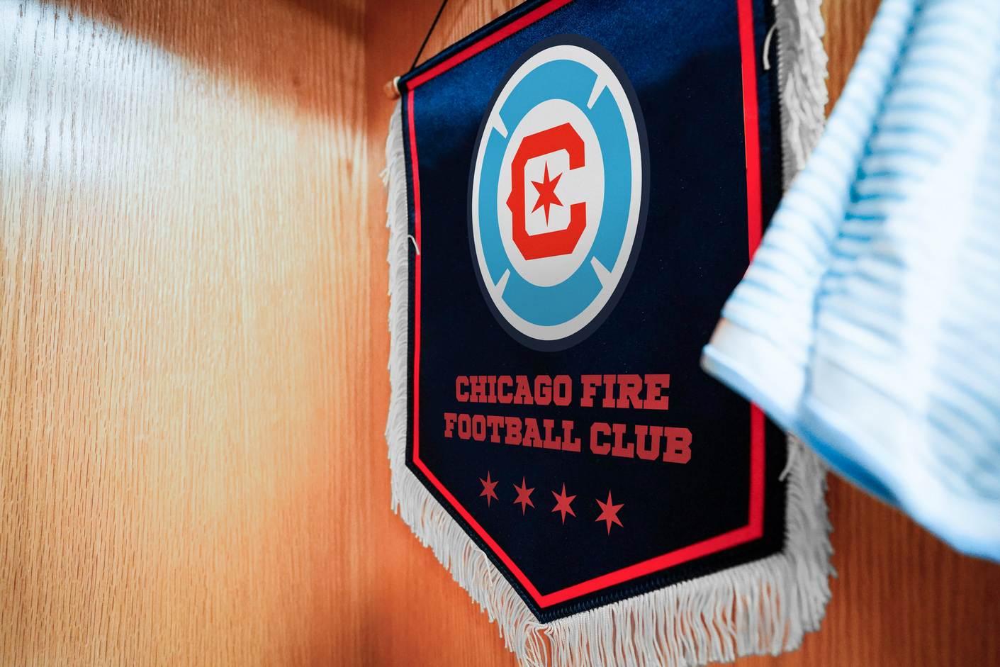 Nuevo escudo del Chicago Fire   Imagen Twitter Oficial