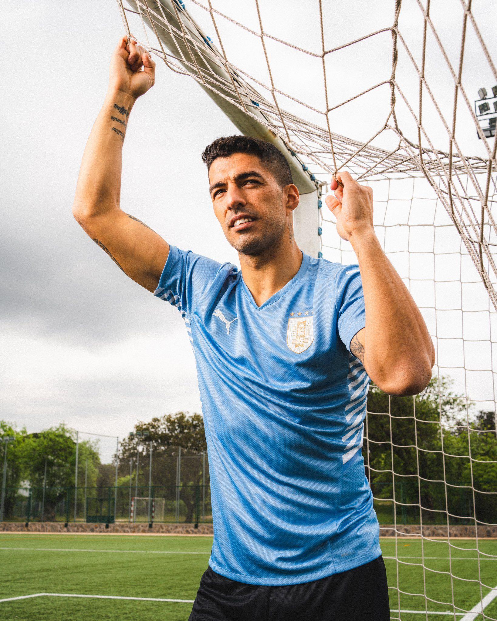Camiseta titular Puma de Uruguay Copa América 2021 | Imagen Instagram Luis Suárez
