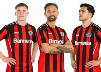 Camiseta Jako del Bayer 04 Leverkusen 2021/22