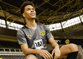 Camiseta suplente Puma del Borussia Dortmund 2021/22