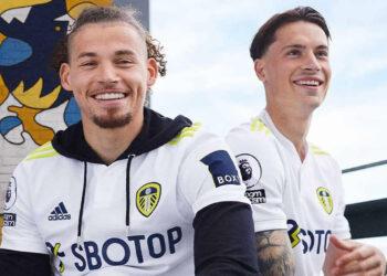 Camiseta adidas del Leeds United 2021/2022