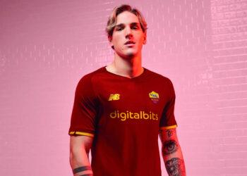 Camiseta New Balance de la AS Roma 2021/2022