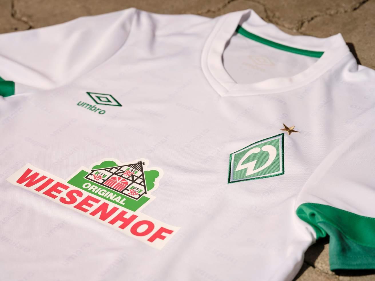 Camiseta visitante Umbro del Werder Bremen 2021/22
