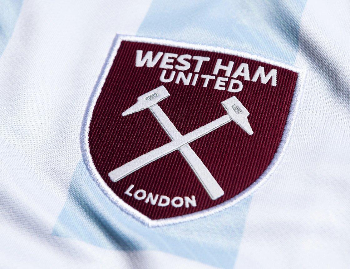 Camiseta suplente Umbro del West Ham 2021/22