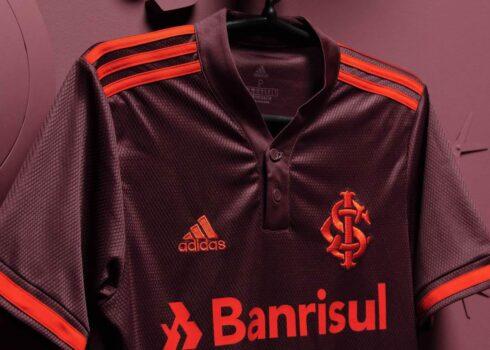 Tercera camiseta adidas del SC Internacional 2021/22
