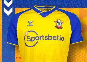 Camiseta suplente Hummel del Southampton FC 2021/22