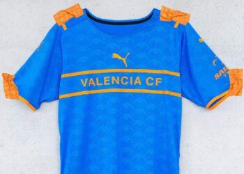Tercera camiseta Puma del Valencia 2021/22