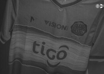 Cuarta camiseta Meta Sports del Club Olimpia 2021